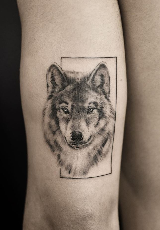 Black & Gray Wolf Tattoo