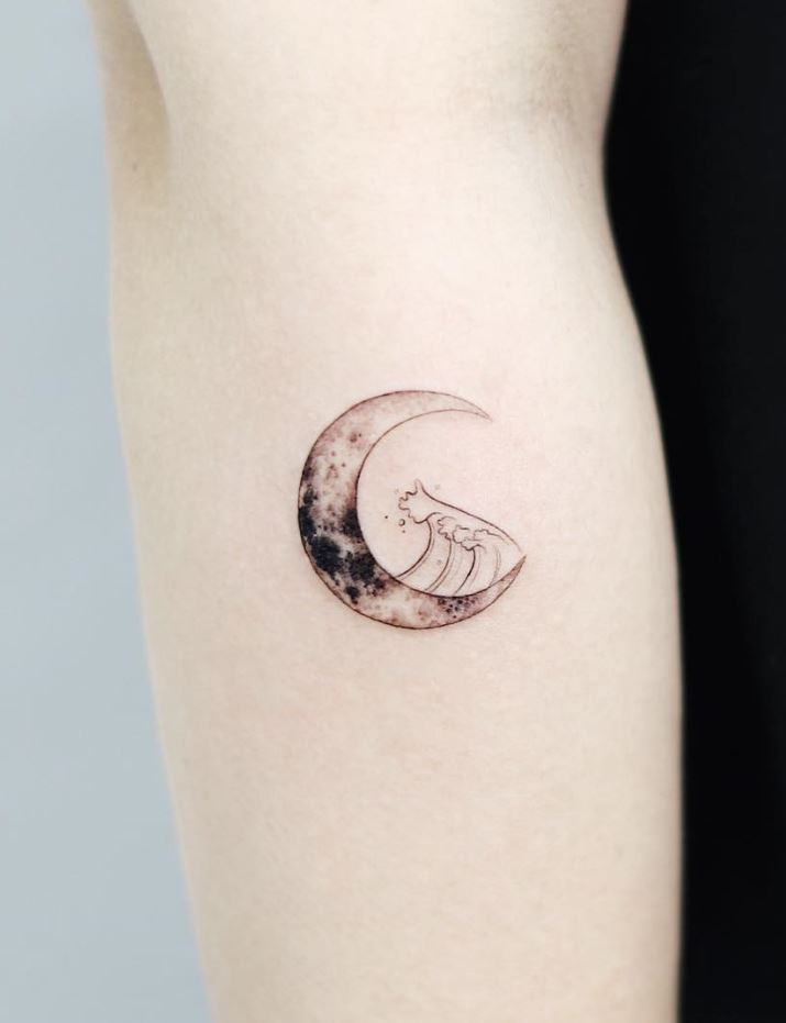 Little Moon Tattoo Tattmaniatattmania