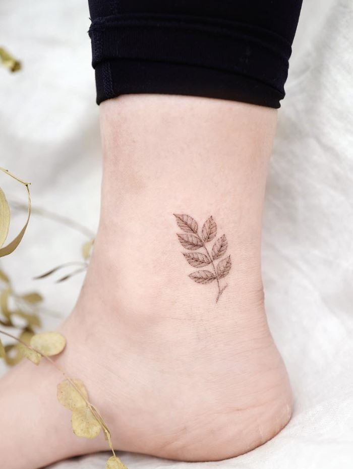 Black And Gray Leaves Tattoo