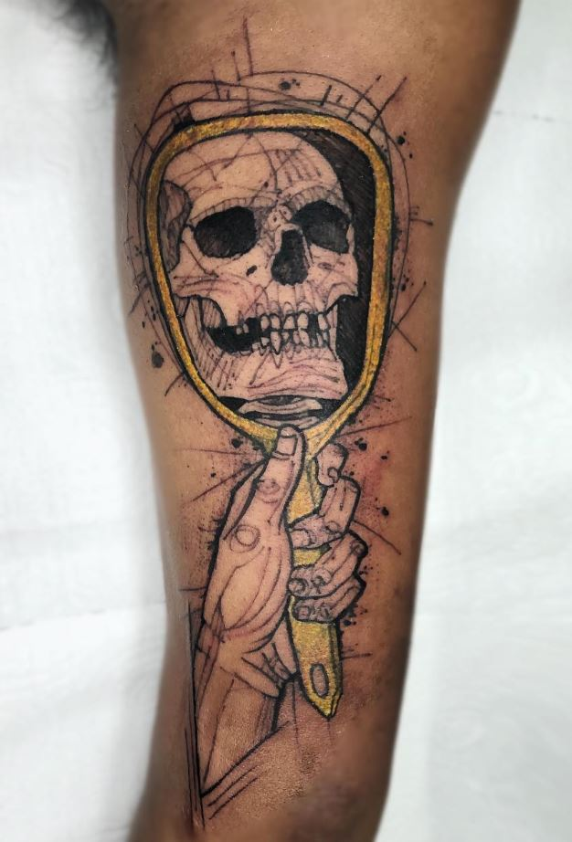 Skull In The Mirror