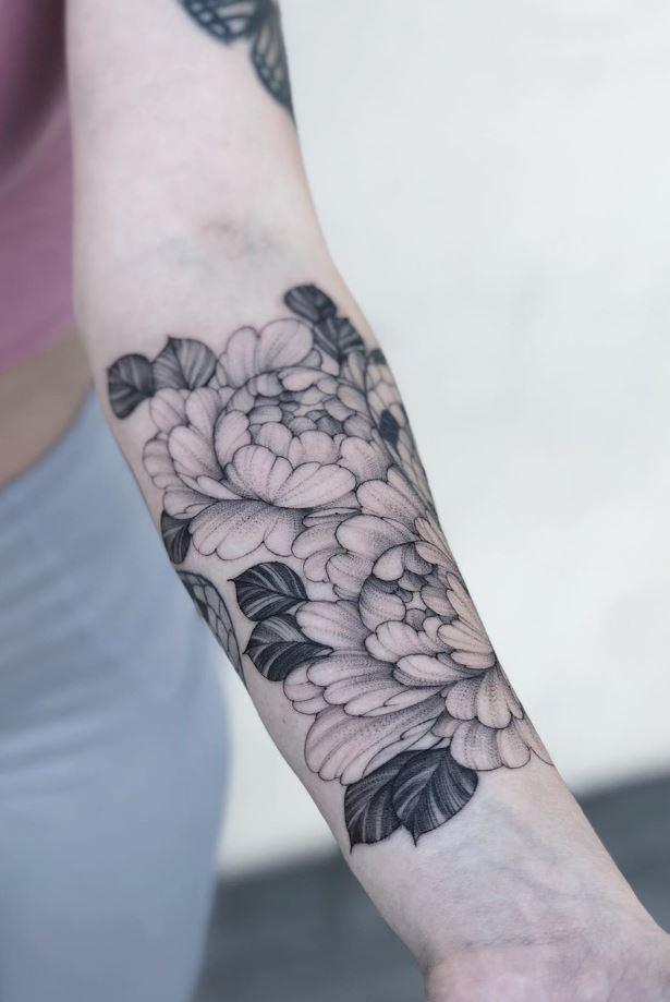 Black & Gray Flowers Tattoo